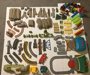 HUGE lot Thomas Train Tank Engines Tenders Track Take Along Buildings Avalanche