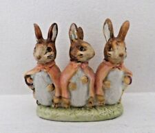RARE BESWICK BEATRIX POTTER FIGURE - FLOPSY, MOPSY AND COTTONTAIL BP2 GOLD OVAL