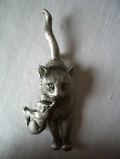"Vintage Signed JJ ""Silver pewter Mother Cat carrying  Kitten"" Brooch/Pin"