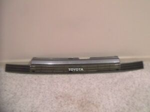 1988-1989 TOYOTA CELICA, OEM, FRONT GRILLE WITH NAME PLATE