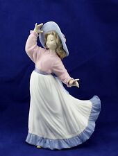 """Lladro Nao Porcelain Figurine Cought In The Breeze # 5640 Girl 9"""""""