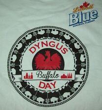 Labatt Blue Beer Buffalo Dyngus Day Men's T-Shirt Size L/Large - New