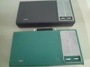2 Tourne disques valise 70'S pile/secteur