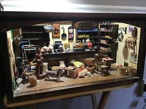 Vintage AMERICAN COUNTRY STORE Replica Diorama Franklin Mint ~ LOADED!!!