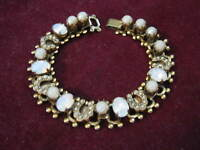 """50s BROOKCRAFT Gold Tone 6.5"""" Bracelet w MOONSTONE OPALS & SEED PEARL HORSESHOES"""