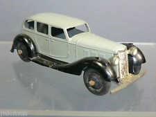 DINKY TOYS  MODEL No.36a       ARMSTRONG SIDDELEY SALOON