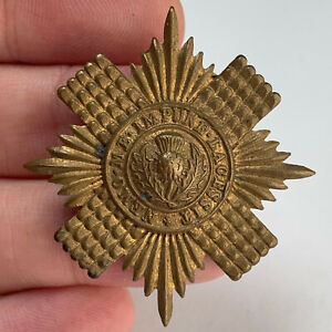 WW1 / WW2 Pattern - Scots Guards Regiment Cap Badge - Original Scottish Badge