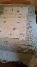 """A Fibre Filled White Turquoise Double 105"""" X 77"""" Bedspread"""
