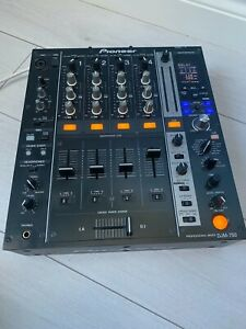 Pioneer DJM-750K Professional Mixer. Barely used, in very good condition.