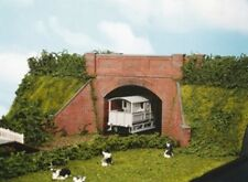 OO/HO Brick Arch Bridge, complete with abutments – Wills SS53 - free post