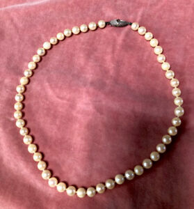 Genuine Vintage MIKIMOTO Cultured Pearl Necklace Choker 41cm Long 6mm Pearls