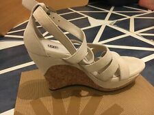 New UGG WEDGE woman Sandals Size 4.5