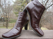 FRANCO SARTO WOMEN'S BROWN ANKLE BOOT SIZE 6.5M BACK ZIP CLASSIC AND COMFORTABLE