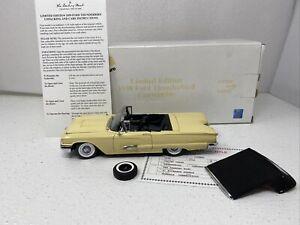 1/24 Danbury Mint 1959 Ford Thunderbird Coupe Limited Casino Cream