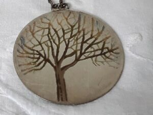 NORMAN GRANT WHITE METAL (SILVER ?) AND ENAMEL PENDANT & CHAIN