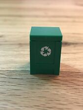 LEGO Pieces:  green Container, Box 2 x 2 x 2 with Recycling Arrows and Lid, 2009