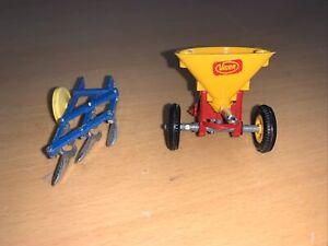 BRITAINS Farm VICON VARI SPREADER 3 Furrow Plough Die Cast Farm Toy Model 1:32