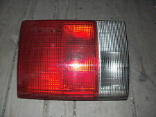 Rüchleuchte hinten Mitte links aus 1993 Audi 80 B4 Avant auch  B3 Typ 89