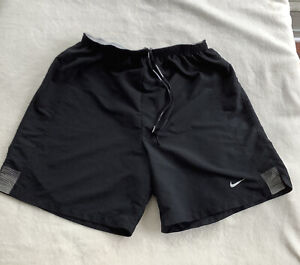 EUC*/Men's Black & Grey Lined Dri Fit NIKE RUNNING Shorts Size Medium POCKETS