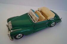 Maisto Modellauto 1:18 Mercedes-Benz 300 S 1955