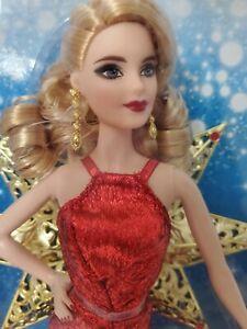 Mattel DYX39 Barbie 2017 Holiday Doll