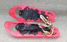 Ancienne paire de raquettes de marche dans la neige Folly's snow shoeing