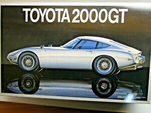 Fujimi Vintage 1/16 Scale Toyota 2000GT Model Kit - Super Rare - New Kit # 10117