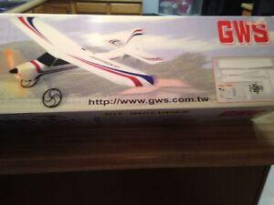 New R/C GWS E-Starter Aileron Trainer ARF Kit + Motor