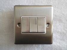 Angle de ligne TD rond 3 gang 2 way commutateur chrome brossé / blanc acier inoxydable inserts