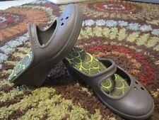 CROCS Wedge Heel Open Back Brown Slip On Dressy Shoes~~  Sz 8 Womens~~ EUC