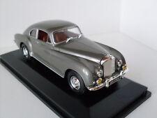 1954 Bentley R-Type grau + Vitrine, Yat Ming Modell 1:43