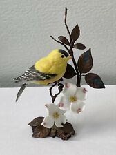 Royal Worcester Gold Finch Bird Porcelain Flower England, Edition Of 9800