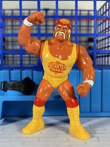 WWF Hasbro S3 Hulk Hogan Action Works!! Titan Sports 🔥MINT🔥