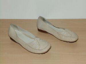 Clarks leather shoes size 5.5 uk