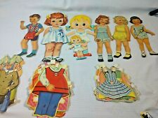 Lot Of Vintage Paper Dolls  & Outfits (40's ,50's)