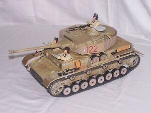 Ultimate Soldier 1/18 WWII German Panzer Tank(tan) w/3 Man Crew