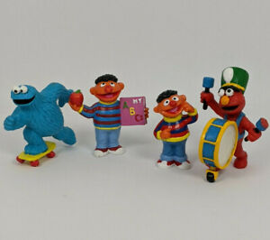 Vintage Sesame Street Characters - Applause