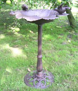 Grand Abreuvoir Piscine pour Oiseaux Style Antique Décoration de Jardin de Fonte