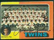 Original Autograph of Frank Quilici of the Minnesota Twins on a 1975 Topps Card