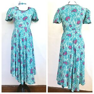 Vintage 1940s Cold Rayon Novelty Print Dress Blue Deer Carriage Couple AS IS