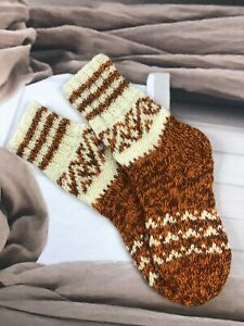 Size M 5-6  Hand knitted 100% Wool Ethnic Native Folk Style Cosy Lounge Socks