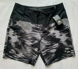 Quiksilver Night Marcher Board Shorts Swim Trunks Black/Gray *New* -- (sz 34)