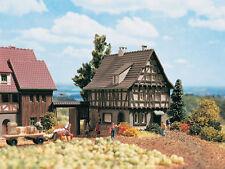Vollmer 49530 Z Maison à ossature bois avec Porte cochère # in #