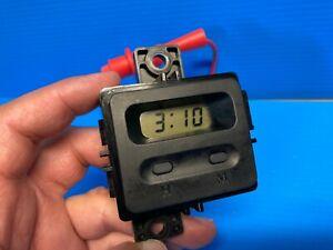 98-02 ISUZU RODEO / HONDA PASSPORT DASH  DIGITAL CLOCK