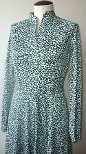 VINTAGE COUNTRY MISS 1970's LONG SLEEVE SHIRT DRESS V-NECK W/BELT GREEN & WHITE