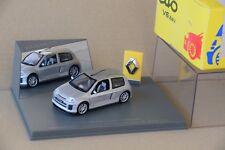 Renault Clio sport V6, Mondial de l'automobile Paris - Renault boutique - 1/43°