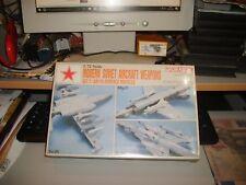 MODERN SOVIÉTIQUE AVION ARMES LOT DE 2 - DRAGON 1991 échelle 1:72 - menthe boxed