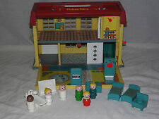 VINTAGE TOY 1979 FISHER PRICE CHILDREN'S HOSPITAL