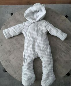 Gorgeous Baby Boys 9-12 Month Snowsuit Pramsuit Grey Fully Fleece Lined F&F...