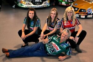 (2) 4x6 Glossy Photos JOHN FORCE, COURTNEY FORCE, ASHLEY FORCE & BRITTANY FORCE